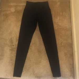 LIKE NEW Onzie Slimming Shapewear Leggings Size S